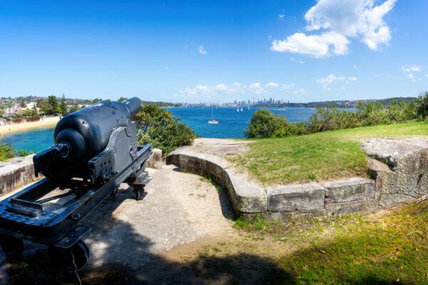 Historical,Cannon,Overlooking,Watson's,Bay,,Sydney,Harbour,,Nsw,,Australia,On